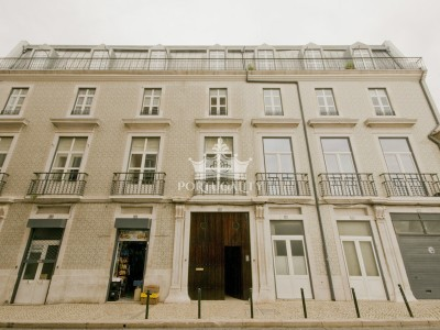 beautiful-apartment-t3-in-lisbon-1