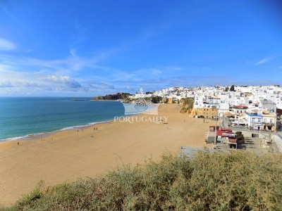 townhouse-t3-with-sea-view-albufeira-1